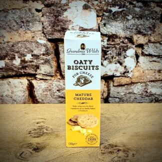 Oaty Biscuits for Cheese with Mature Cheddar Cheese