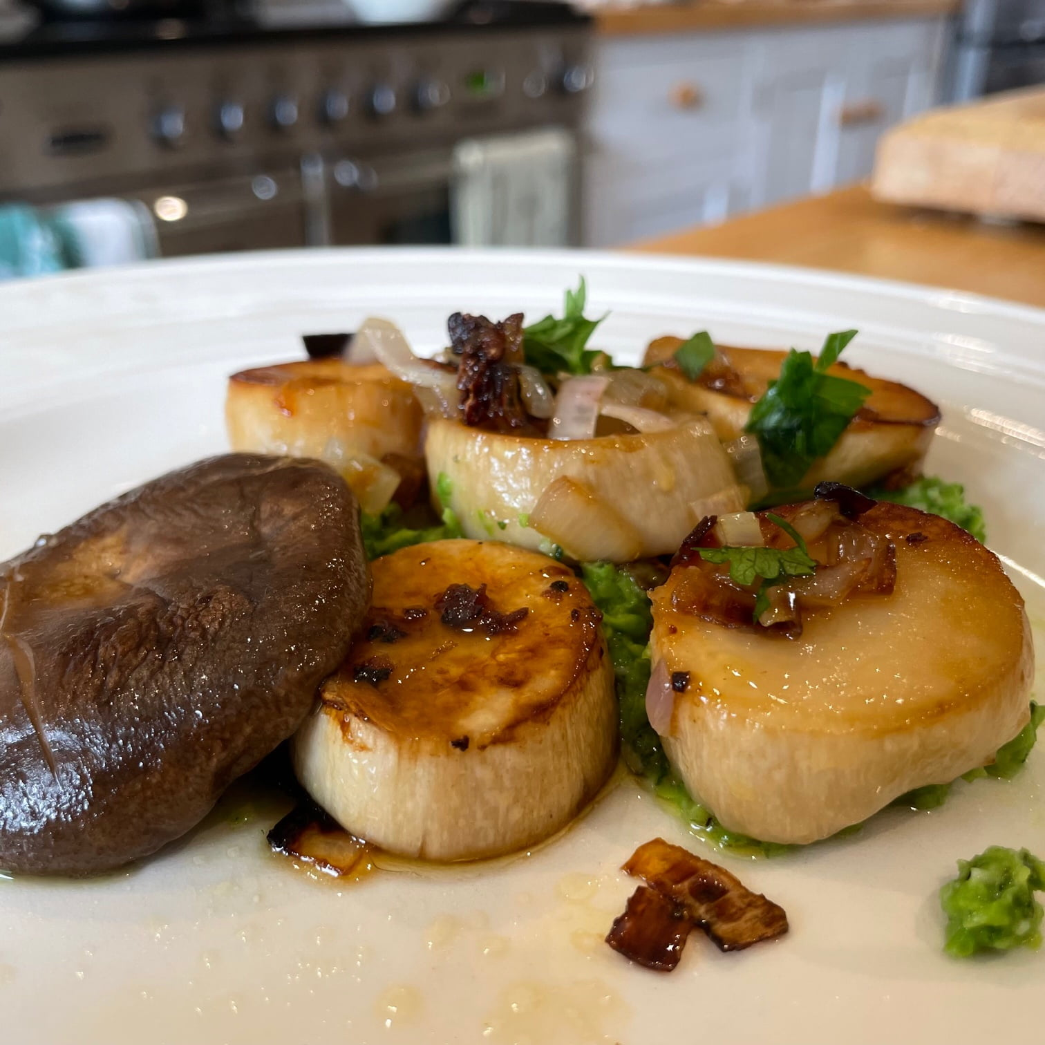 King Oyster Mushroom Scallops with Pea Puree